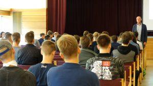 Įvadinės paskaitos: KTU EEF pirmakursiai savo fakultete