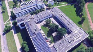 KTU studentams 5500 m2 moderni atsinaujinančių energijos šaltinių laboratorija ant pastato stogo