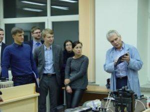 LR Energetikos ministerijos taikinyje – KTU Elektros ir elektronikos fakulteto absolventai
