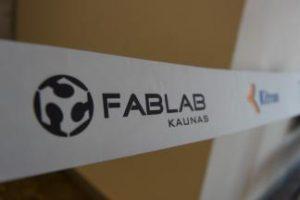"""Kauno technologijos universitete – pirmosios Lietuvoje """"Fab Lab"""" inžinerinės kūrybinės dirbtuvės"""