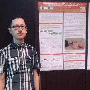 Biomedicininės elektronikos studento projektas: Elektroninės sistemos prototipas psichofiziologinio streso stebėsenai ir valdymui