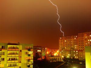 KTU mokslininkai apie apsaugą nuo žaibo: geriau jokios, nei blogai įrengta